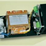 Carica Batteria 13,8V 3,0A dimensioni 185x90x94 mm