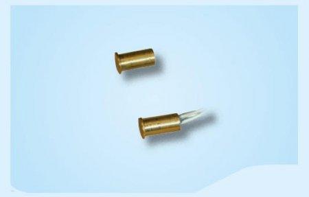 Contatto magnetico miniaturizzato a scomparsa
